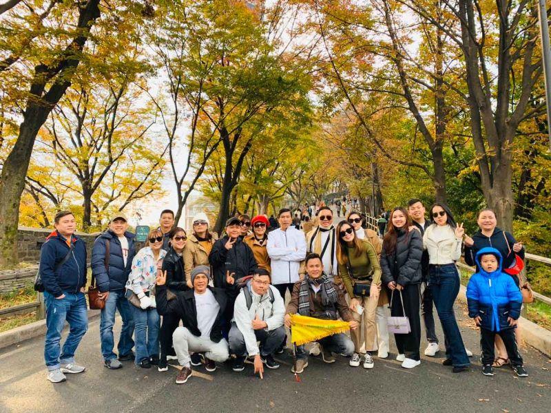 Hình khách tour Hàn Quốc