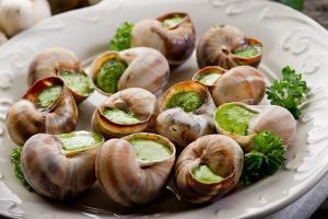 Những Món Ăn Nổi Tiếng Của Nước Pháp Được Các Du Khách Yêu Thích