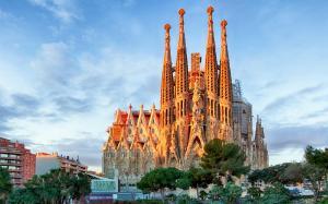 Vương Cung Thánh đường Sagrada Familia - Biểu Tượng Tây Ban Nha