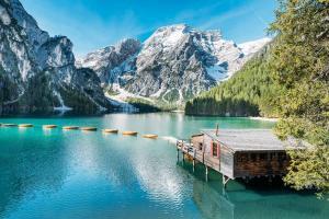Khám Phá 10 Hồ Nước Tuyệt Đẹp Ở Ý