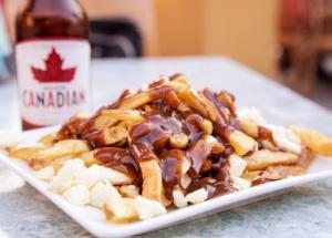 Những Món Ăn Truyền Thống Tại Canada Mà Du Khách Nên Thử