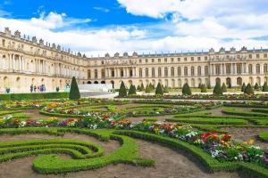 7 Lâu Đài Huyền Thoại Xứng Danh Xứ Sở Thần Tiên Ở Pháp