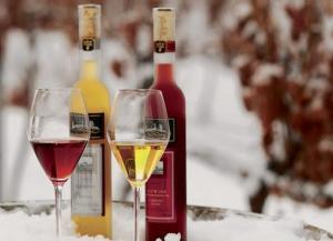 Rượu Vang Đá Canada - Đặc Sản Hảo Hạng Của Canada