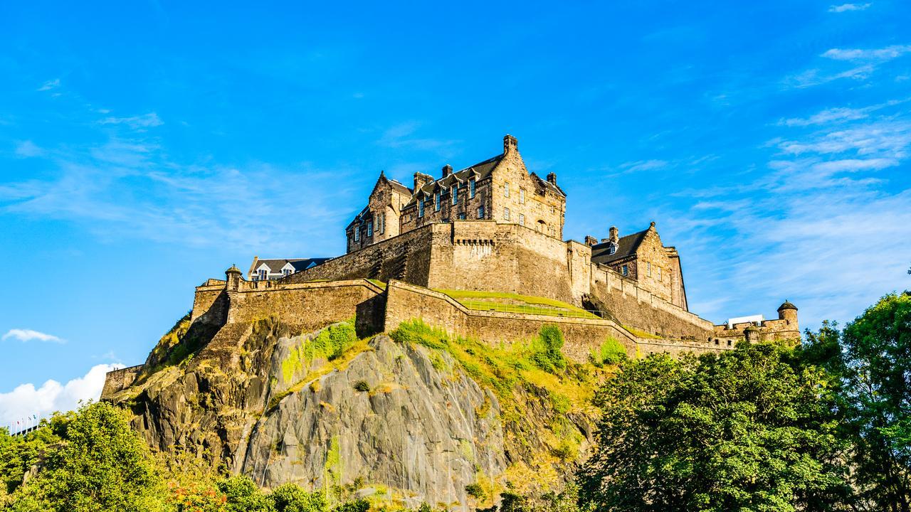 Du Lịch Scotland - Xứ Wales - Anh 9 Ngày 8 Đêm - 1 Hành Trình 3 Quốc Gia