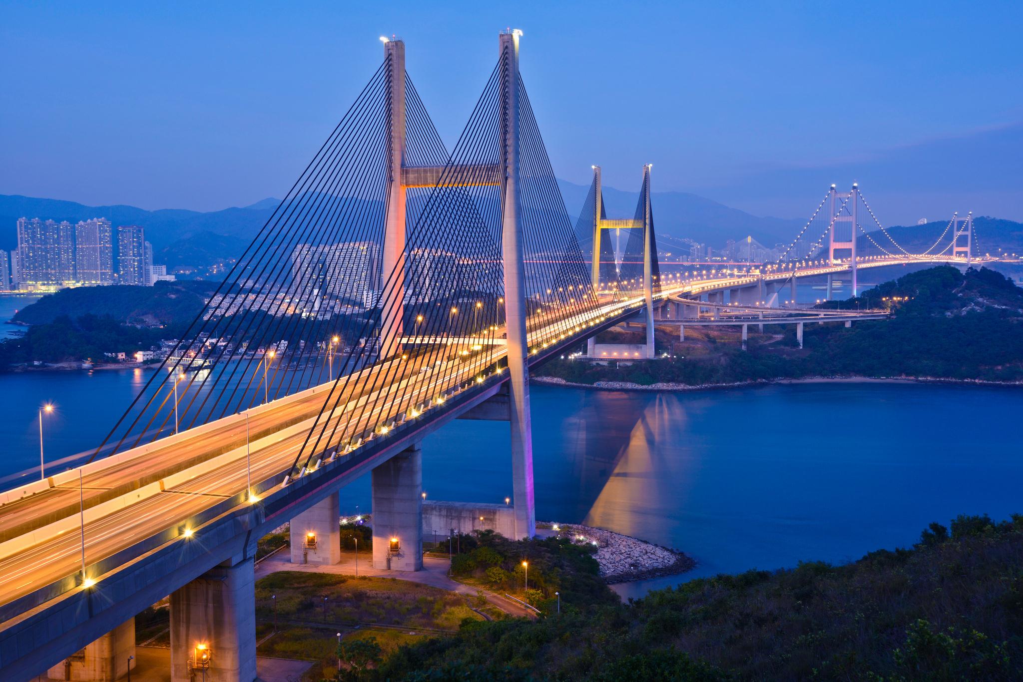 Tour Du Lịch Hong Kong : Đại Lộ Ngôi Sao - Vịnh Nước Cạn - Miếu Thần Tài - Shopping Chợ Quý Bà
