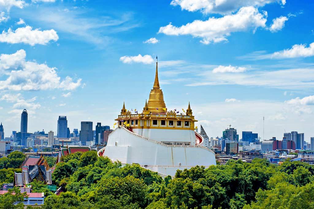 Chùa Núi Vàng (Wat Saket)